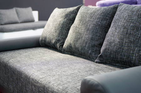 confortable: Confortable gray sofa