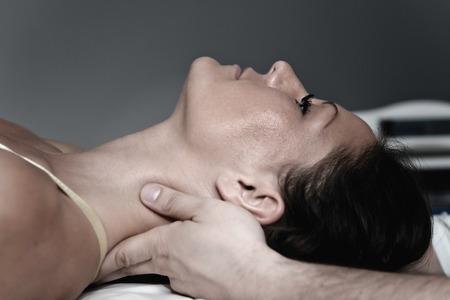 Chiropractic neck treatment