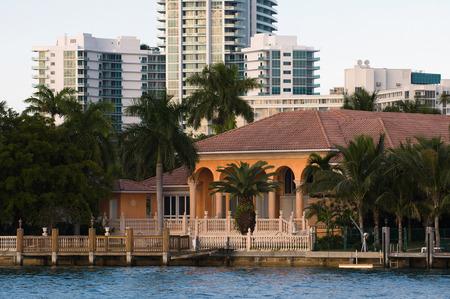 waterside: Luxurious waterside mansion Stock Photo