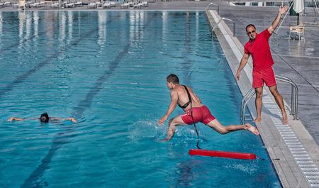 corso di formazione Lifeguard - salvataggio vittima da piscina