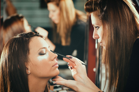 Eye shadows, make-up, beauty salon, make-up artist, toned image Standard-Bild