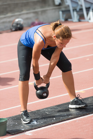 kettle bell: Kettle bell swing on crossfit competition