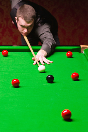 snooker: Playing snooker Stock Photo