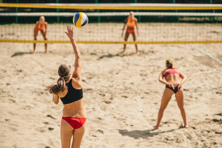 Beach Volleyball  Banque d'images - 57170478