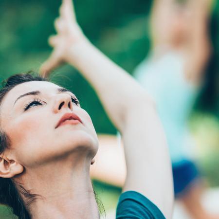 buena postura: Yoga Saludo al Sol