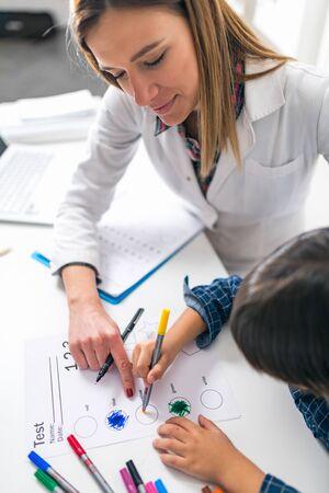 Test de psicología para niños. Formas para colorear para niños pequeños