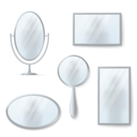 Miroirs isolés avec ensemble de vecteurs de réflexion. Miroir brillant rond et ovale illustration Banque d'images - 79573215