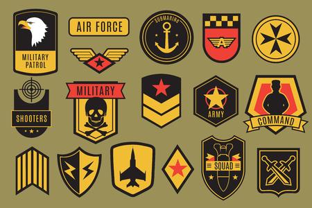 Insignias militares. Parches del ejército de Estados Unidos. Galones de soldado americano con alas y estrellas. Conjunto de vector de emblema. Ilustración del emblema militar, insignia para el parche del ejército.