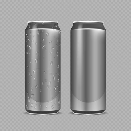 Steel cans. Aluminium bottles for beer, lemonade or soda or energy drink. Metal package with water drops realistic vector mockup. Steel bottle beer or soda, water in aluminium silver can illustration Vettoriali