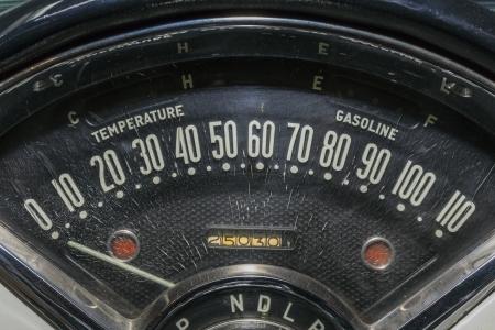 speedometer transportation speed race odometer vintage car Standard-Bild