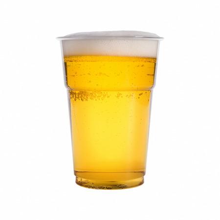 vasos de cerveza: vaso de cerveza aisladas sobre fondo blanco Foto de archivo