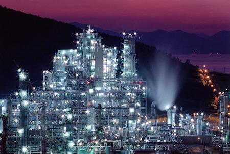 illuminated: Korea, refinery, illuminated
