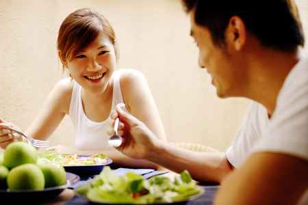 having lunch: Couple having lunch