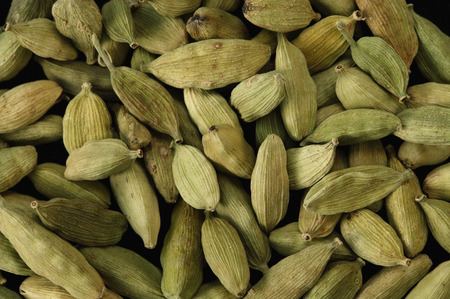 multiples: Lot of cardamom seeds