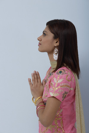 shalwar: Young woman dressed in traditional Indian clothing (salwar kameez)