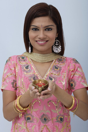 kameez: Young woman dressed in traditional Indian clothing (salwar kameez)