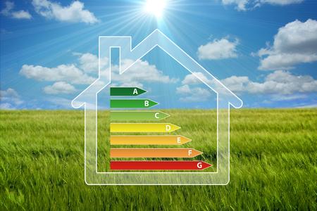 ahorro energia: casa ecológica Foto de archivo