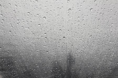 kropla deszczu: kropla wody makro w tle Zdjęcie Seryjne