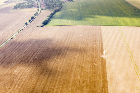 Luchtmening van gebied van vliegtuig, Slowaakse gebieden dichtbij Nitra, platteland van vliegtuig Stockfoto - 72115629