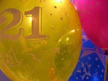 globos de cumplea�os: 21o cumplea�os globos