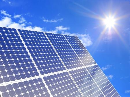 화창한 날에 태양 전지 패널