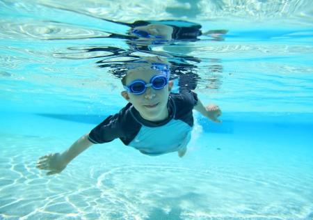 소년 수영 수중 촬영 스톡 사진