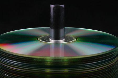 cd dvd pila pila de fondo negro las computadoras