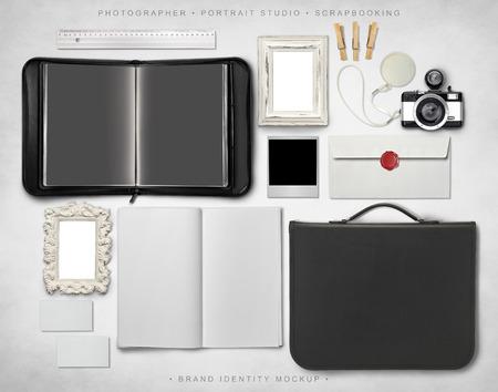 Brand Identity Mockup Standard-Bild - 41850361