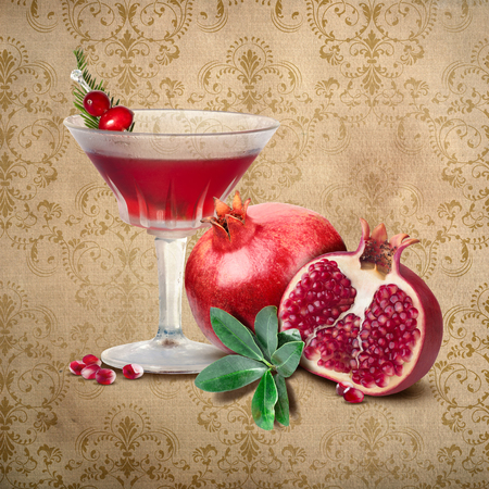 SOUTHERN EMPORIUM COLLECTION New Orleans Louisiana Fruit Flowers Food Culture Cuisine Cocktail Collection on Parchment Paper Damask Background 版權商用圖片