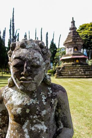 budda: Budda balinese statues at Pura Ulun Danu Beratan