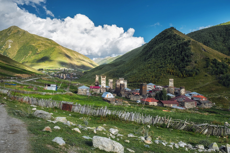 Old authentic village with famous svan towers in georgian mountains 版權商用圖片