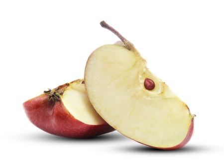 pomme rouge: Deux quartiers de pommes