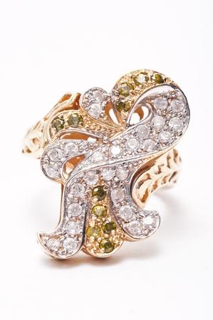 jewelle: Golden Jewel Ring
