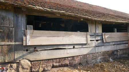 Old ranch exterior Stock Photo - 81779427