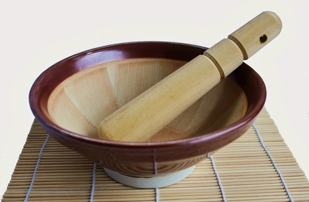 Japanische Suribachi (Mörtel) und Surikogi (Stößel)