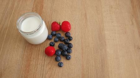 Natural Yogurt with fresh Berries Imagens
