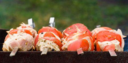 broiling: Shashlik roasting at skewers
