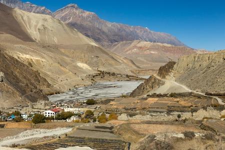 treck: View on Kagbeni village located in the valley of the Kali Gandaki River Stock Photo