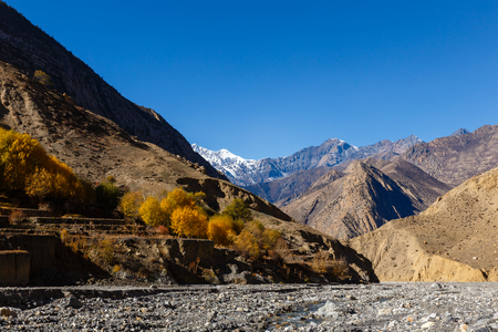 View on the Himalayan Mountains. lower mustang Nepal. Stock fotó - 98141075
