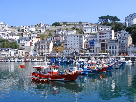 Ships in the seaport of Luarca, Spain. Luarca is a town of Asturias Imagens