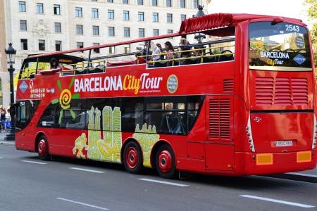 barcelona spain: Barcelona, Spain - July 11 th, 2012: Barcelona City Tour Bus