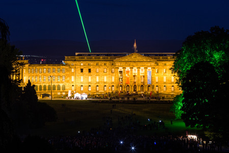 he: Castle Wilhelmshöhe