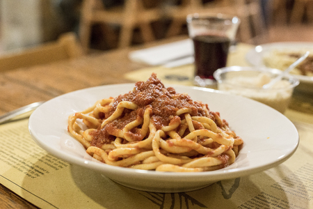Handgemaakte Pasta Pici Toscane Stockfoto