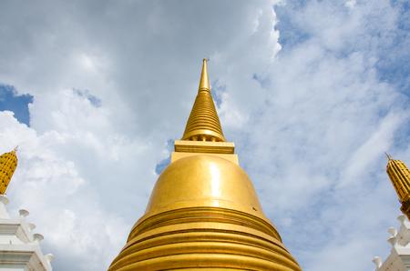 wat bowon: Golden Chedi Wat Bowonniwet Vihara, Bangkok, Thailand