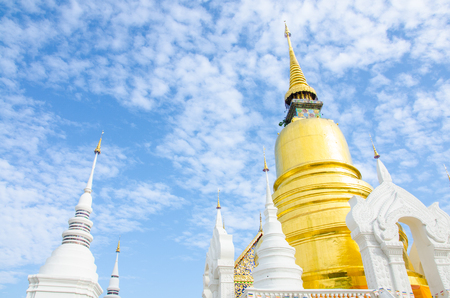 Golden Stupa ( Chedi ) is an alternative term for a Buddhist stupa, mainly used in Thailand. People famous to praying in Holiday. Reklamní fotografie