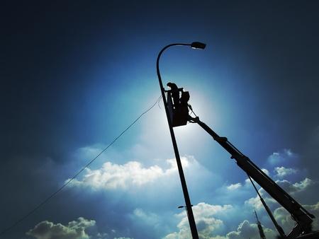 human height: Maintenance and repair streetlights