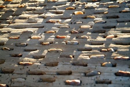 Tabla Con incrustaciones de piedras párr El Arado