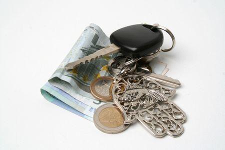 doorkey: Keys and money