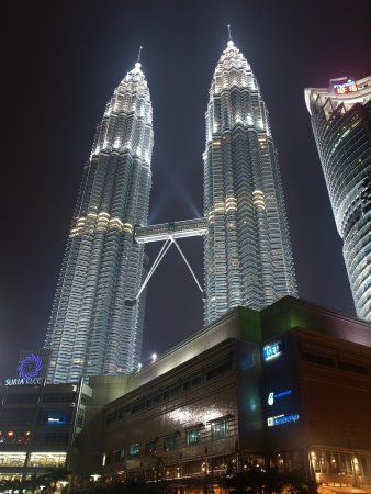 millennium: Twin Towers by night