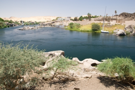 river stones: View of Nile River near Aswan, Egypt